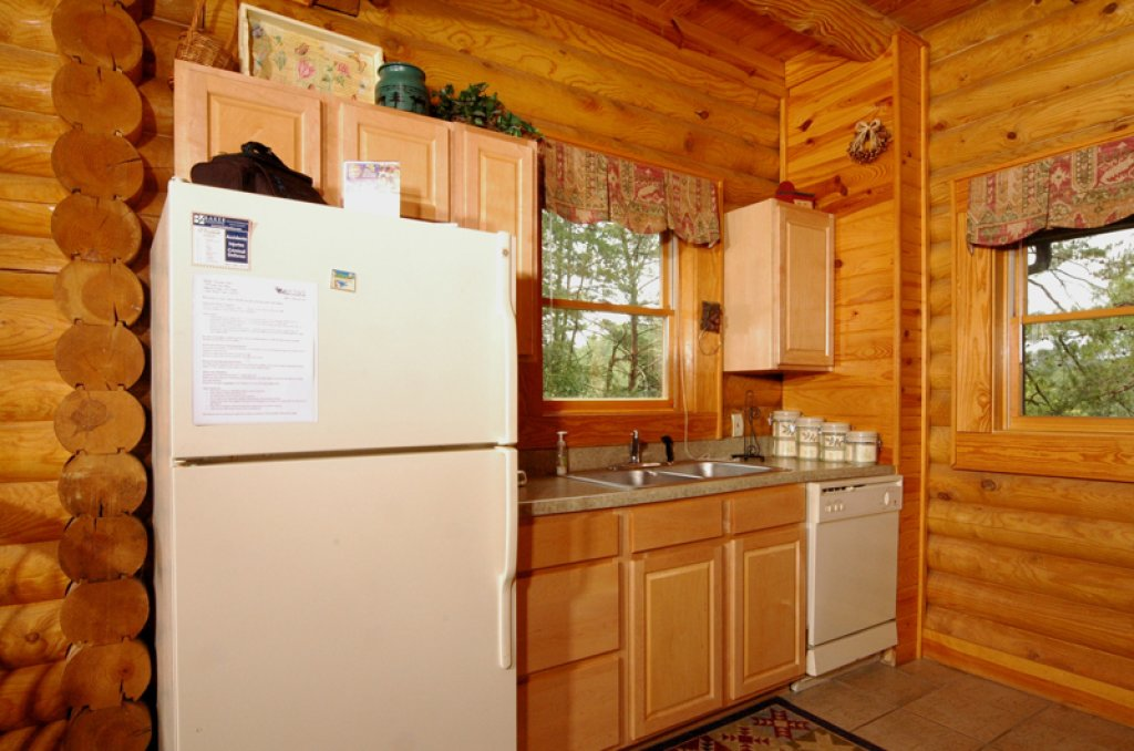 Photo of a Pigeon Forge Cabin named Dollys Dream #284 - This is the nineteenth photo in the set.