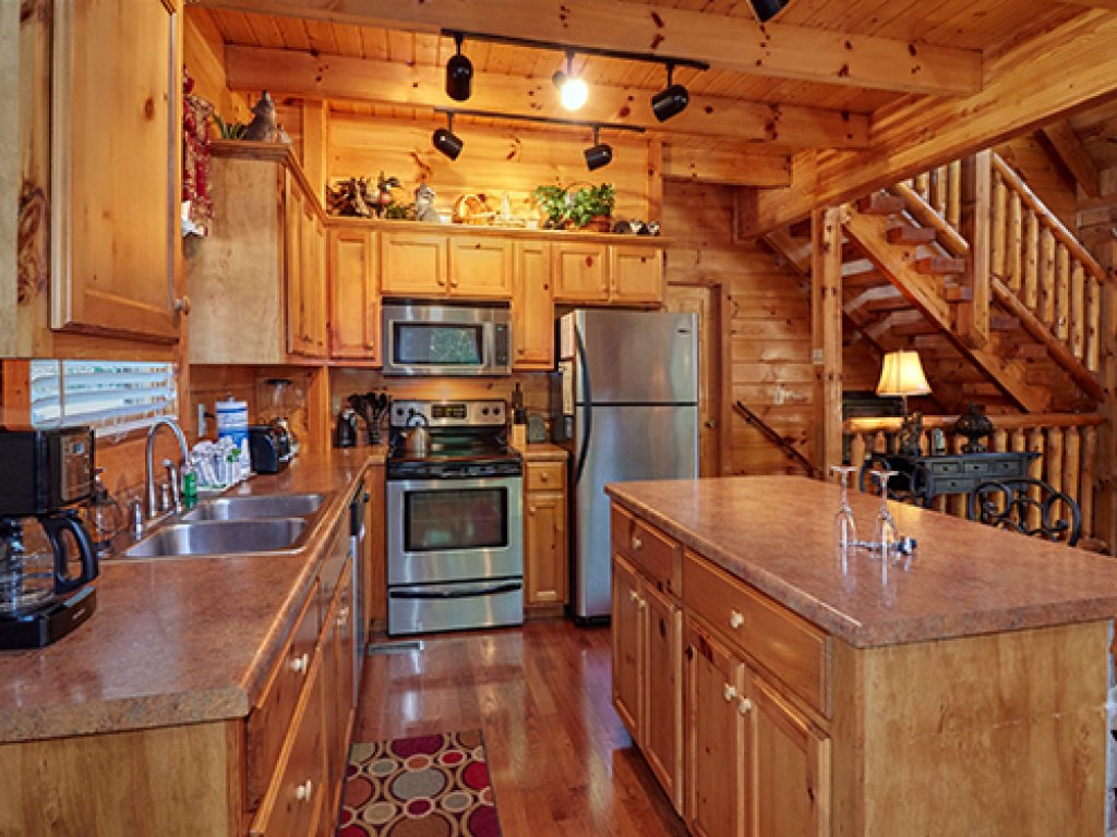 Photo of a Pigeon Forge Cabin named Stone Ridge #325 - This is the nineteenth photo in the set.