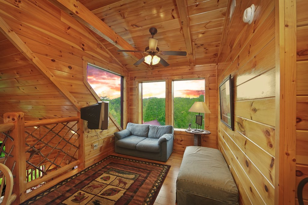 Photo of a Gatlinburg Cabin named Knotty & Nice - This is the thirteenth photo in the set.