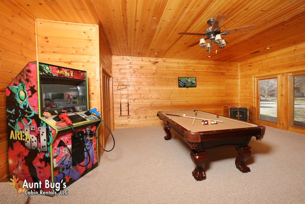 Photo of a Gatlinburg Cabin named Heavenly Creekside #276 - This is the fourth photo in the set.