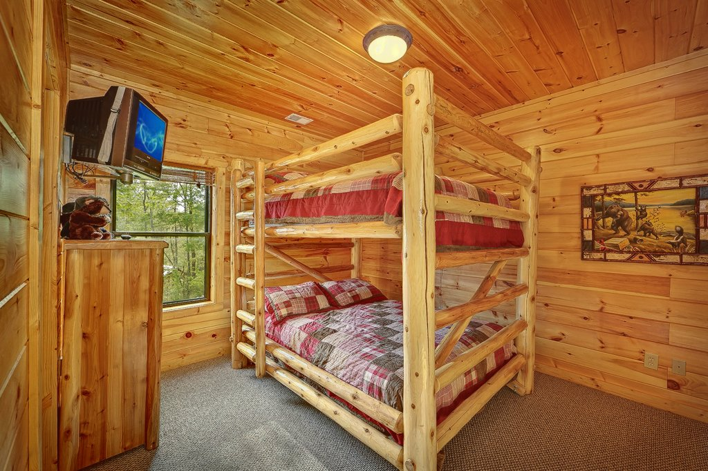 Photo of a Gatlinburg Cabin named Knotty & Nice - This is the twenty-second photo in the set.