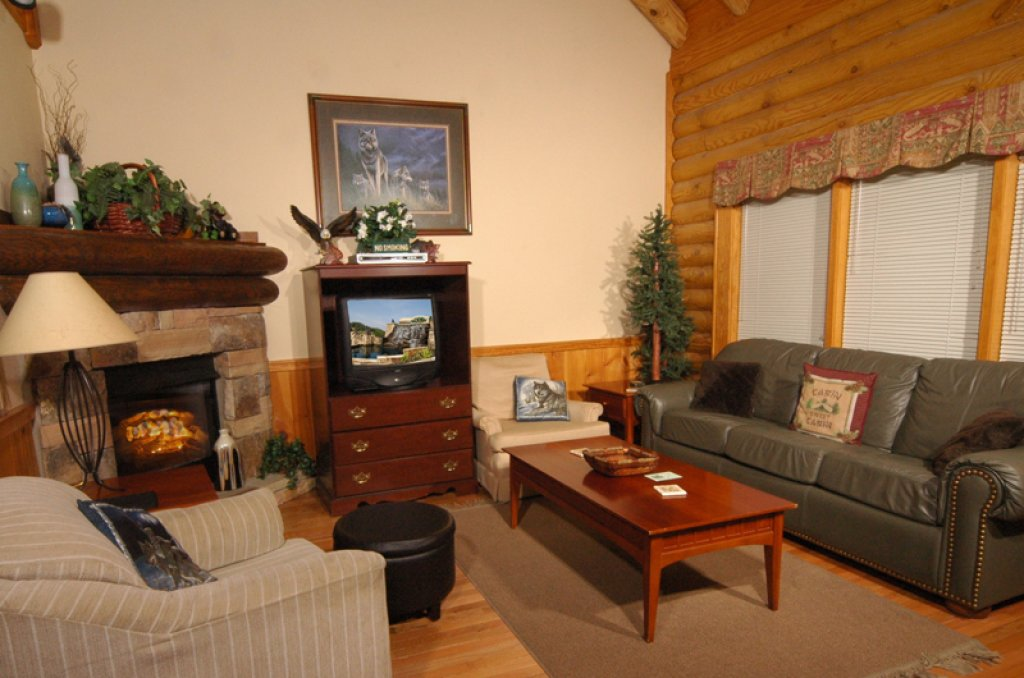 Photo of a Pigeon Forge Cabin named Dollys Dream #284 - This is the first photo in the set.