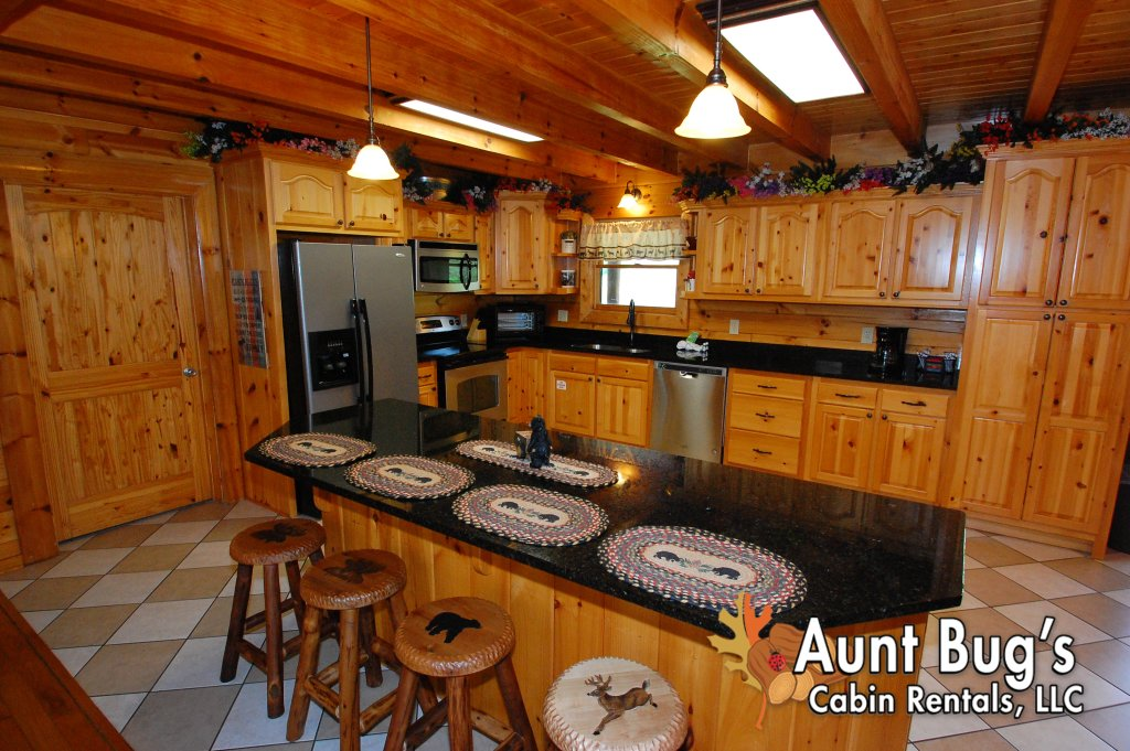 Photo of a Pigeon Forge Cabin named Always Dreaming #410 - This is the forty-eighth photo in the set.