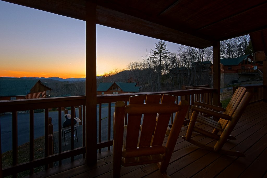 Photo of a Pigeon Forge Cabin named Buckhead #259 - This is the thirteenth photo in the set.