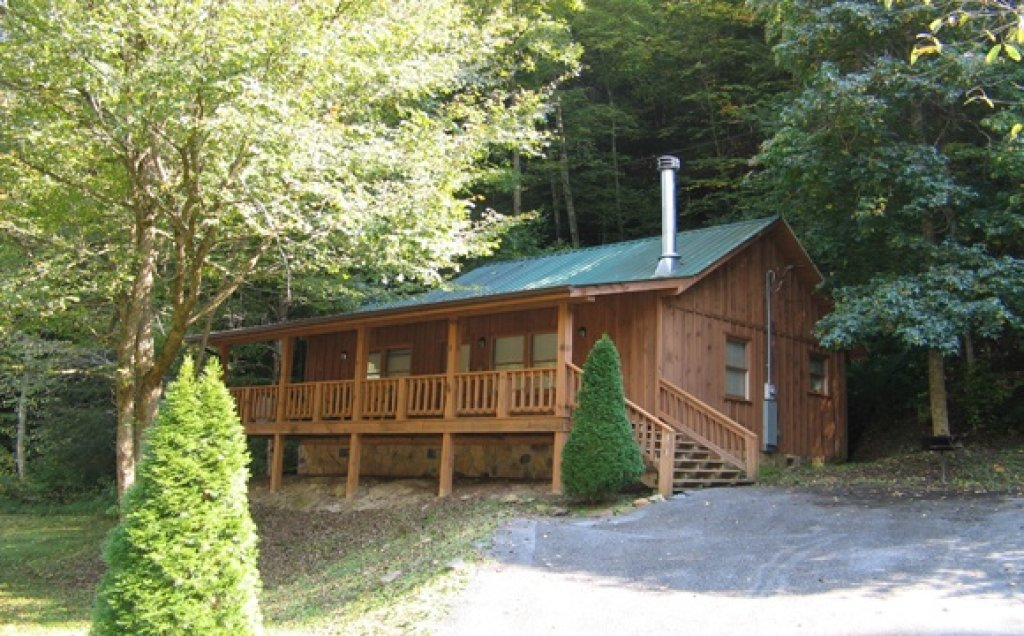 Photo of a Pigeon Forge Cabin named Stream Of Love #374 - This is the first photo in the set.