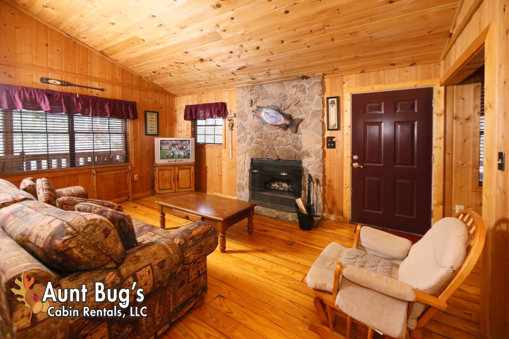 Photo of a Gatlinburg Cabin named Secret Hideaway #195 - This is the thirteenth photo in the set.