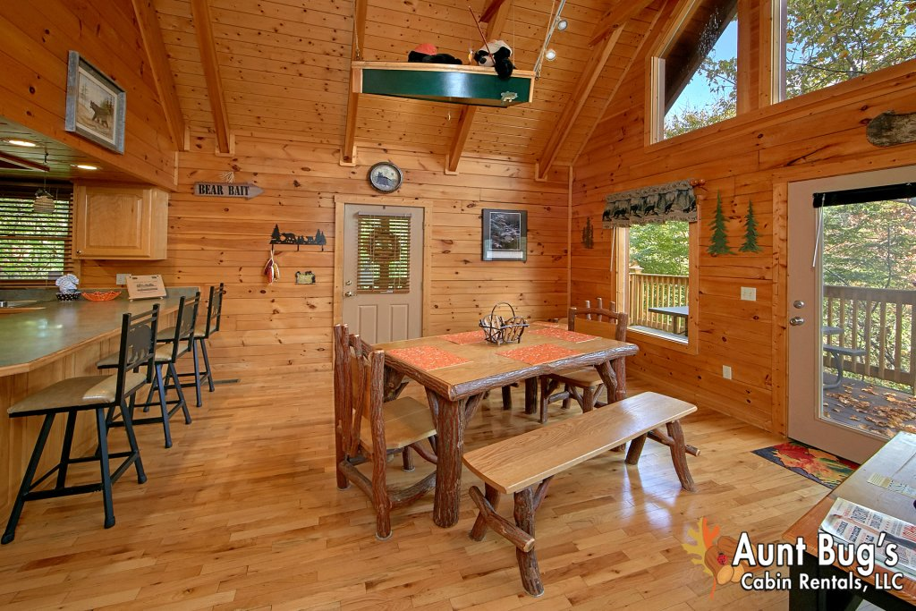 Photo of a Pigeon Forge Cabin named Boulder Bear Lodge #355 - This is the seventeenth photo in the set.