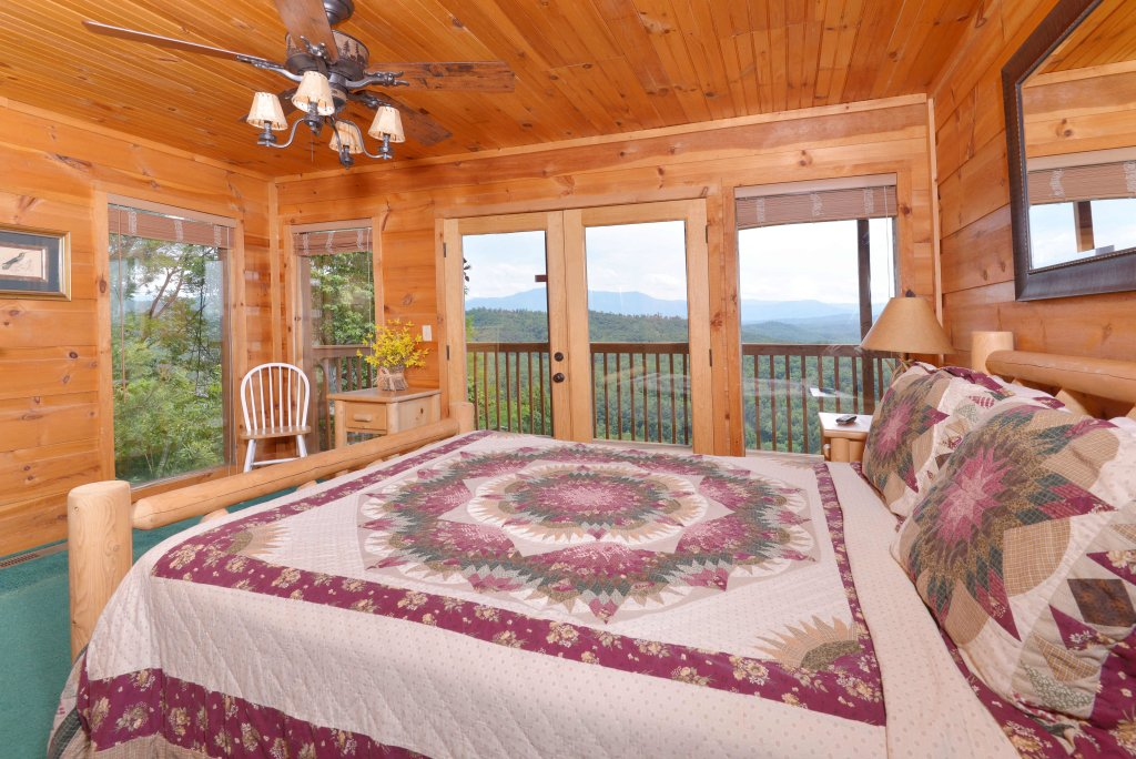 Photo of a Pigeon Forge Cabin named Amazing View #223 - This is the twentieth photo in the set.
