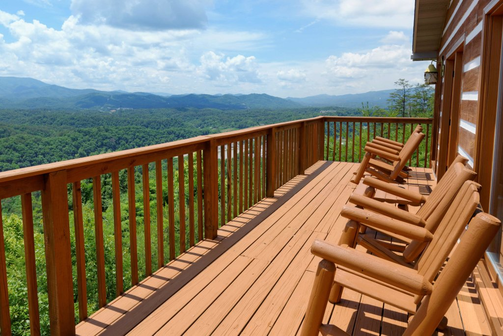 Photo of a Pigeon Forge Cabin named Amazing View #223 - This is the twenty-seventh photo in the set.