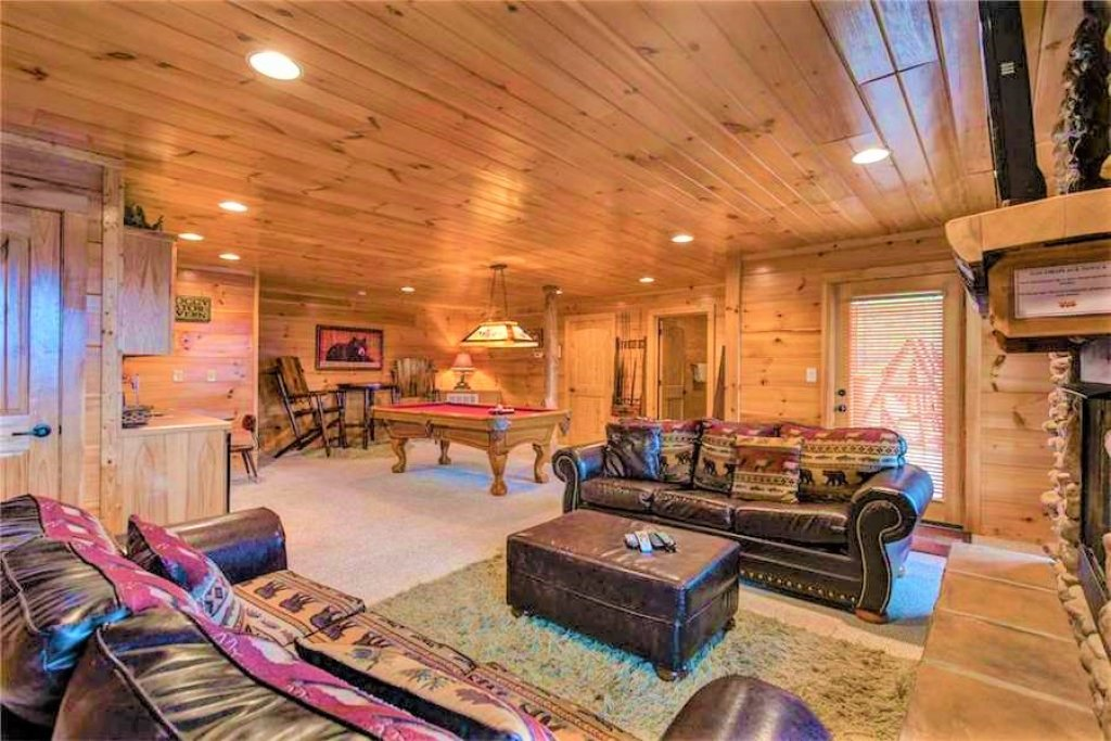 Photo of a Pigeon Forge Cabin named Where Eagles Fly - This is the fiftieth photo in the set.
