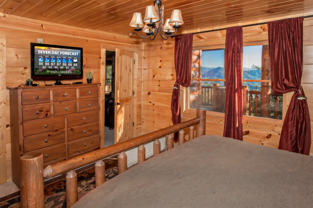Photo of a Pigeon Forge Cabin named Where Eagles Fly - This is the fifty-fifth photo in the set.