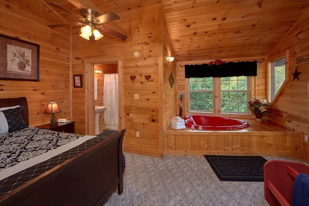 Photo of a Gatlinburg Cabin named Pool Time Paradise - This is the fourteenth photo in the set.