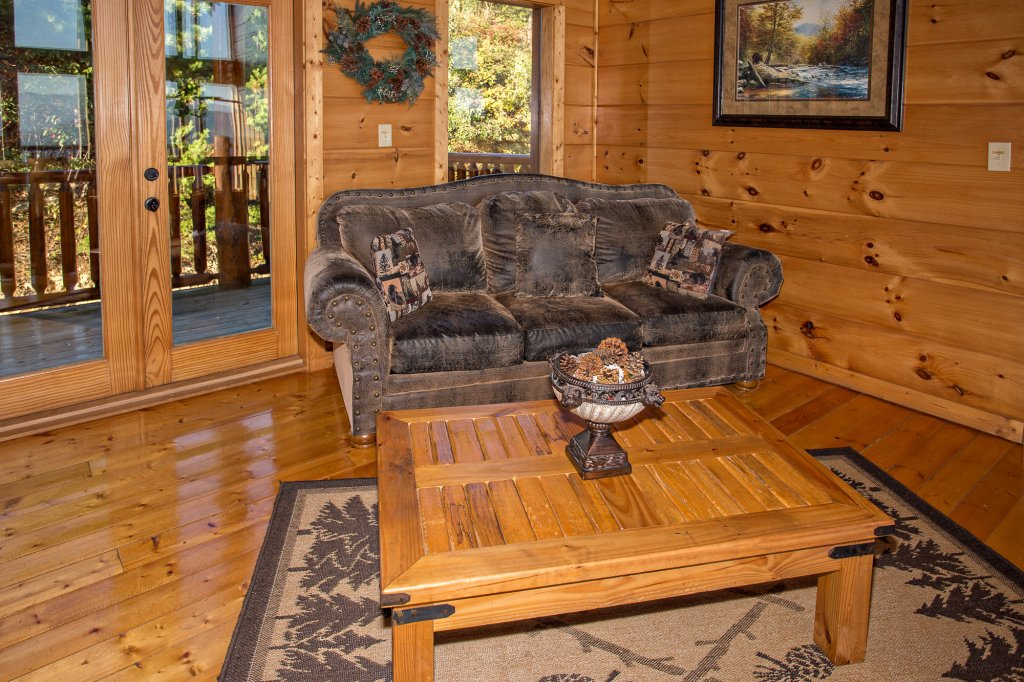 Photo of a Pigeon Forge Cabin named Where Eagles Fly - This is the thirty-ninth photo in the set.