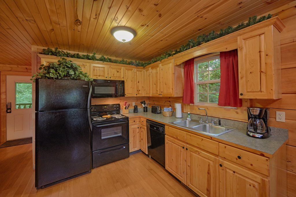 Photo of a Gatlinburg Cabin named Pool Time Paradise - This is the eighth photo in the set.