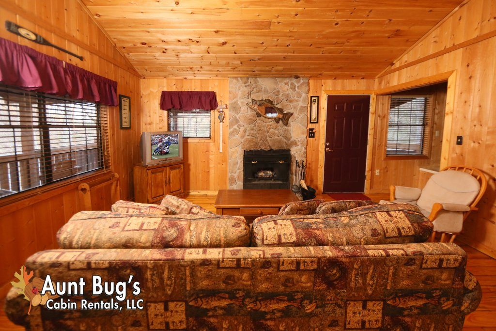 Photo of a Gatlinburg Cabin named Secret Hideaway #195 - This is the sixth photo in the set.