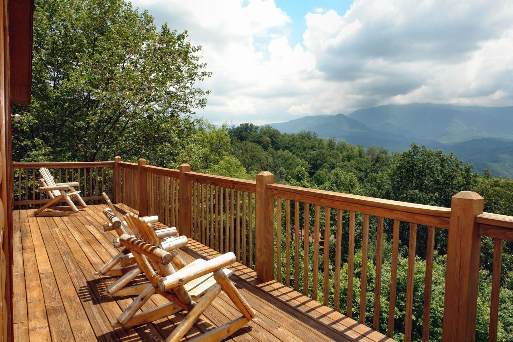 Photo of a Gatlinburg Cabin named Awesome Views #701 - This is the sixteenth photo in the set.