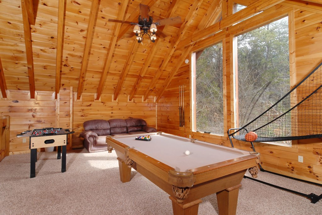 ... Photo Of A Pigeon Forge Cabin Named Camelot #266   This Is The Third  Photo ...