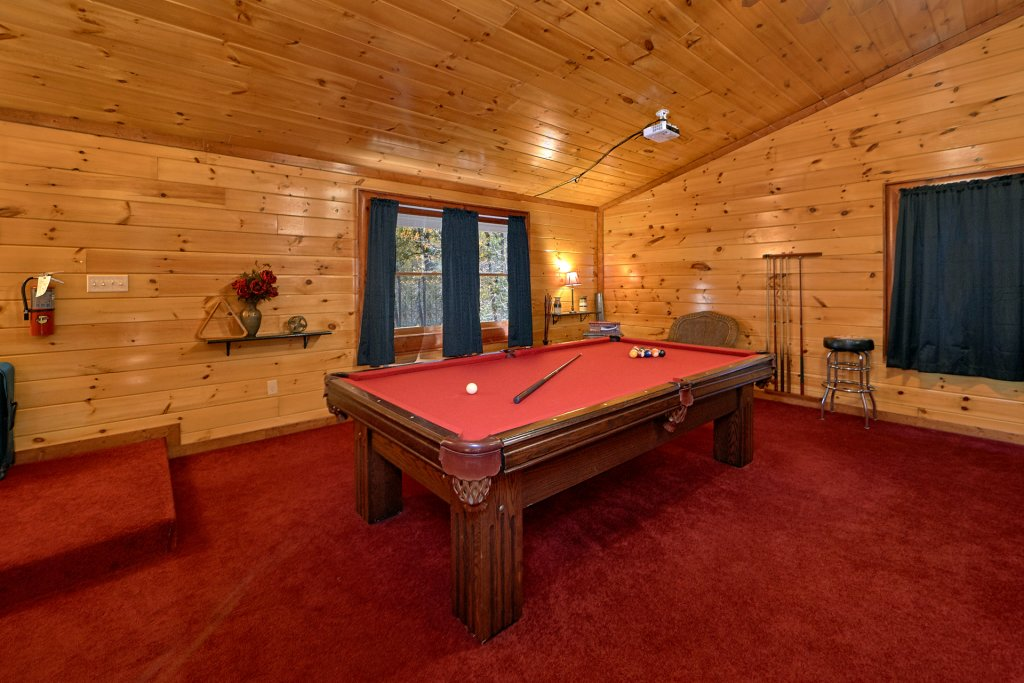 Photo of a Gatlinburg Cabin named Sweet Tranquility Pool Lodge - This is the eighth photo in the set.