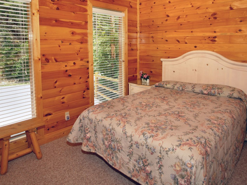 Photo of a Gatlinburg Cabin named Awesome Views #701 - This is the twenty-ninth photo in the set.