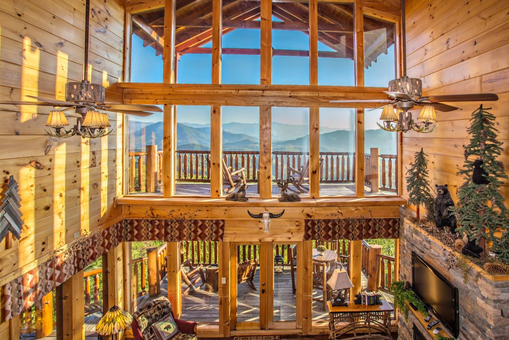 Photo of a Pigeon Forge Cabin named Where Eagles Fly - This is the twenty-eighth photo in the set.