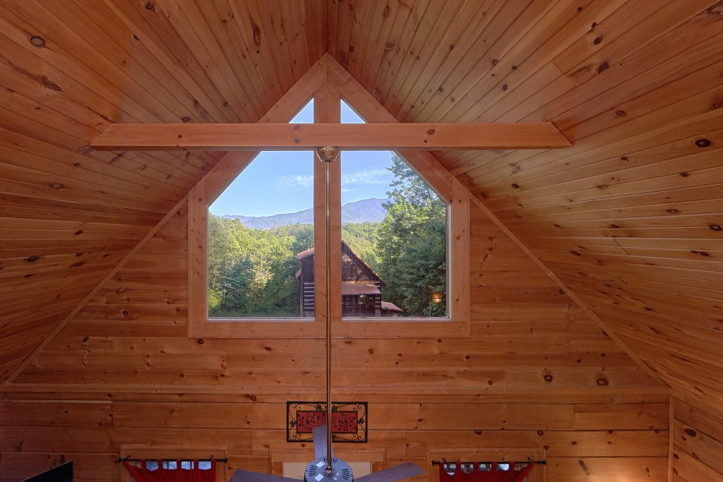 Photo of a Gatlinburg Cabin named Pool Time Paradise - This is the ninth photo in the set.