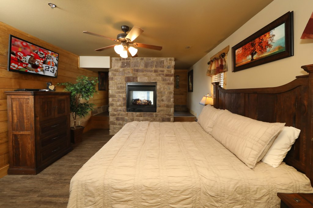 Photo of a Gatlinburg Cabin named Splash Time Cinema - This is the sixteenth photo in the set.