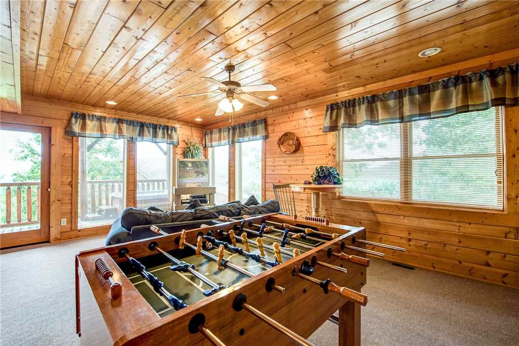 Photo of a Pigeon Forge Cabin named Mountain Seduction - This is the tenth photo in the set.