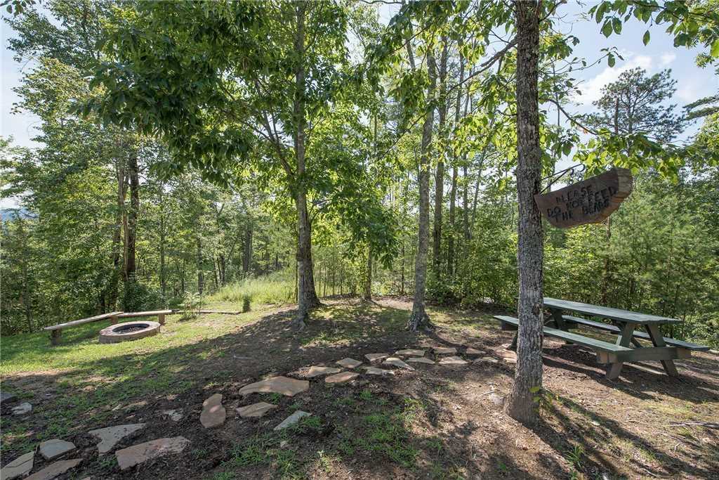 Photo of a Sevierville Cabin named Moonlit Hideaway - This is the twenty-fifth photo in the set.