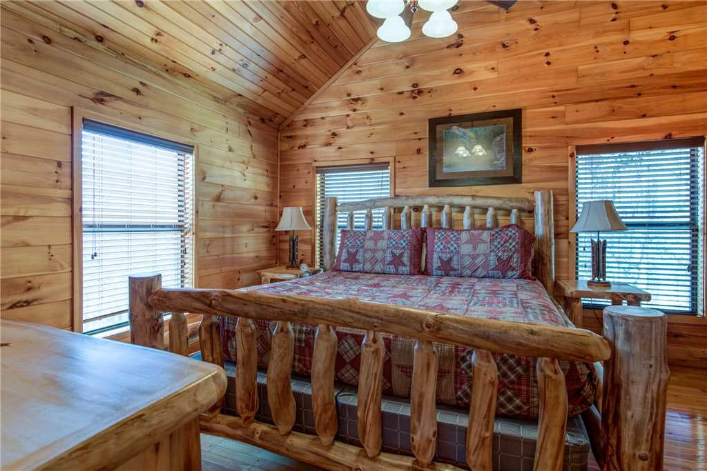 Starry Nights Lodge Cabin In Gatlinburg W 5 Br Sleeps16