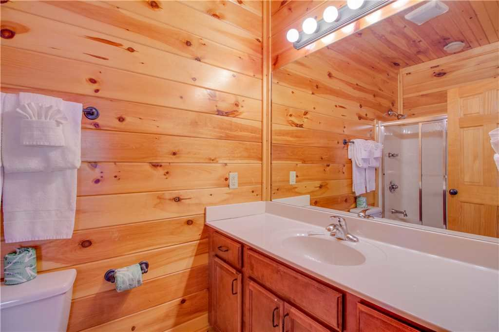 Photo of a Gatlinburg Cabin named Amazing Grace - This is the twelfth photo in the set.