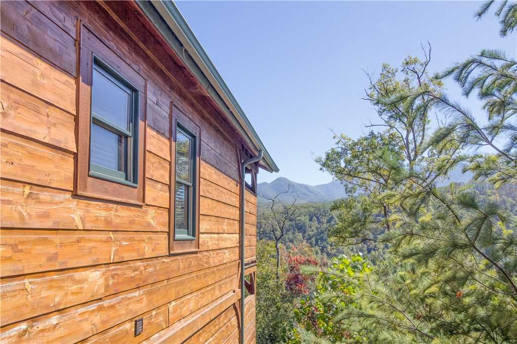 Photo of a Gatlinburg Cabin named Amazing Grace - This is the nineteenth photo in the set.