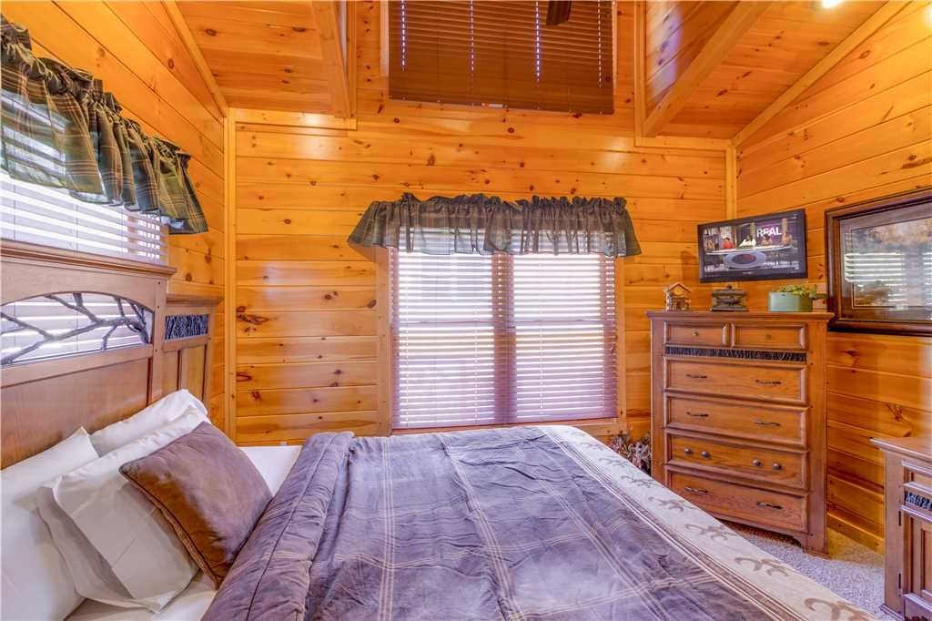 Photo of a Gatlinburg Cabin named Amazing Grace - This is the eleventh photo in the set.