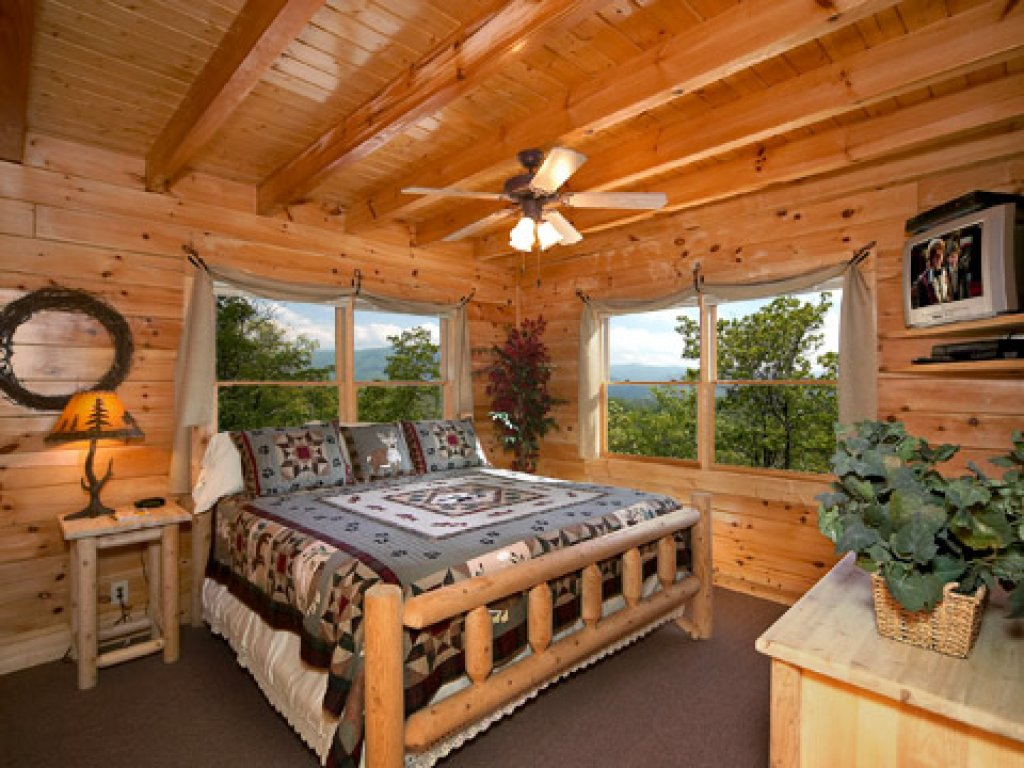 Photo of a Pigeon Forge Cabin named 50 Mile View - This is the sixth photo in the set.