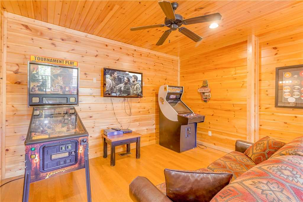 Photo of a Gatlinburg Cabin named Amazing Grace - This is the eighth photo in the set.