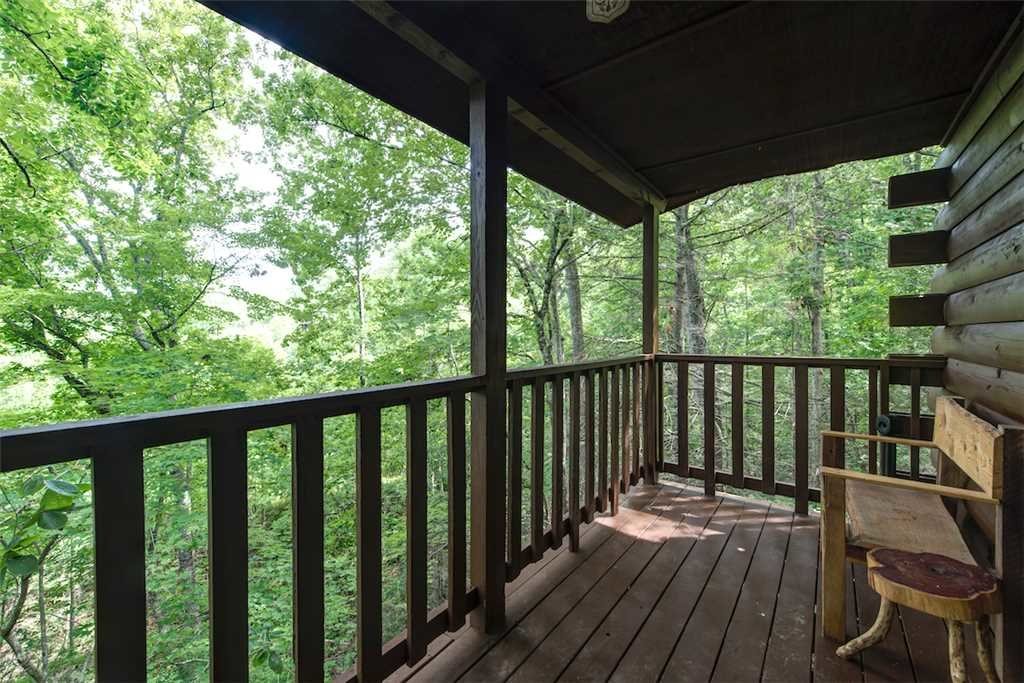 Photo of a Pigeon Forge Cabin named Simply Serene - This is the fourth photo in the set.