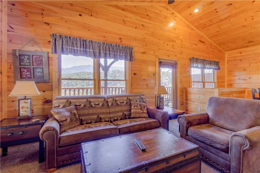 Photo of a Gatlinburg Cabin named Amazing Grace - This is the third photo in the set.