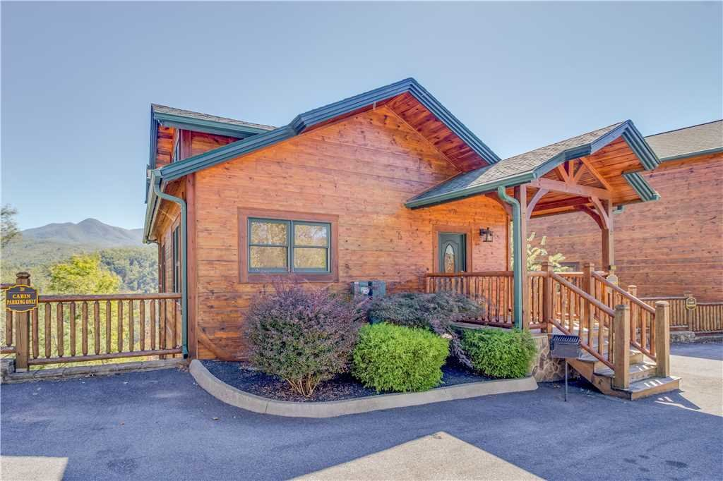 Photo of a Gatlinburg Cabin named Amazing Grace - This is the eighteenth photo in the set.