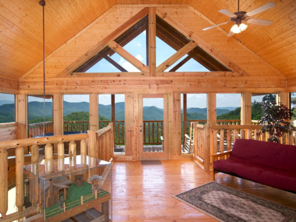 Photo of a Pigeon Forge Cabin named 50 Mile View - This is the ninth photo in the set.