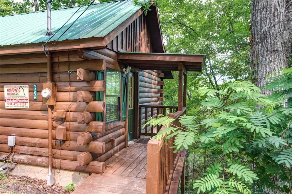 Photo of a Pigeon Forge Cabin named Simply Serene - This is the twenty-first photo in the set.