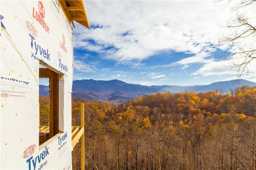 Photo of a Gatlinburg Cabin named 3 Bears Chalet - This is the fourth photo in the set.