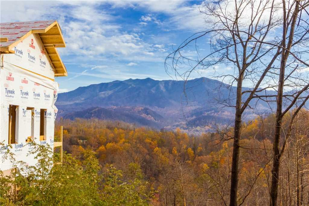 Photo of a Gatlinburg Cabin named 3 Bears Chalet - This is the third photo in the set.