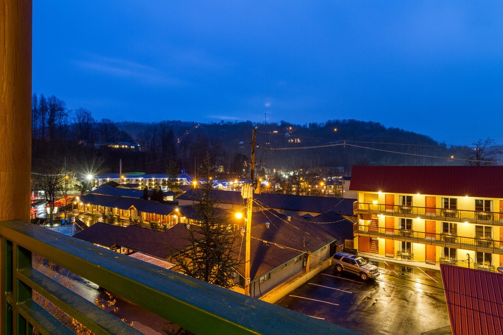 Photo of a Gatlinburg Condo named Baskins Creek 203 - This is the thirty-first photo in the set.