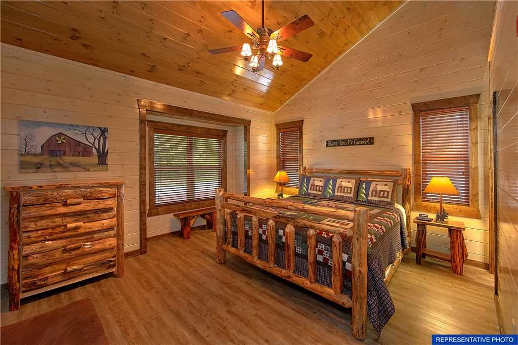 Photo of a Gatlinburg Cabin named The Great Maple Retreat - This is the twentieth photo in the set.