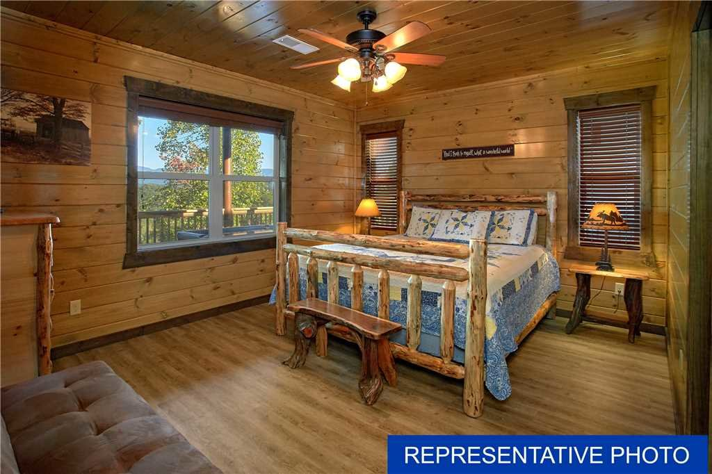 Photo of a Gatlinburg Cabin named The Great Maple Retreat - This is the twenty-first photo in the set.