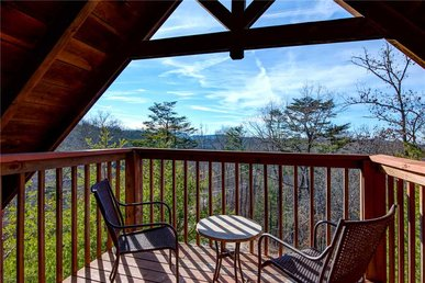 Cuddle Bear, 1 Bedroom, Mountain View, Pet Friendly, Hot Tub, Sleeps 4