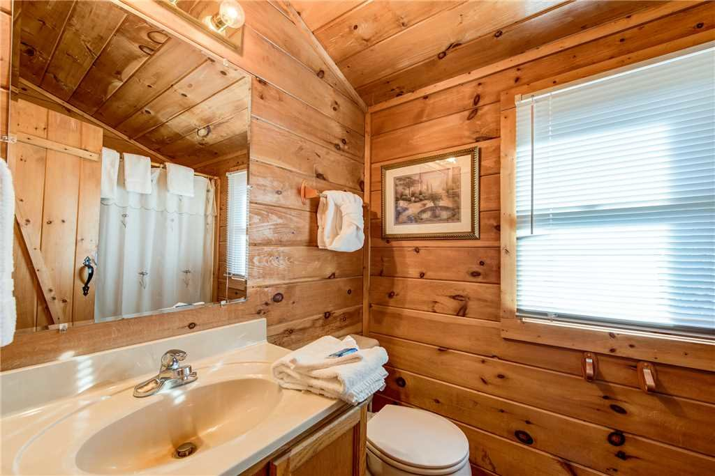 Photo of a Pigeon Forge Cabin named Cocoa Bear - This is the eleventh photo in the set.