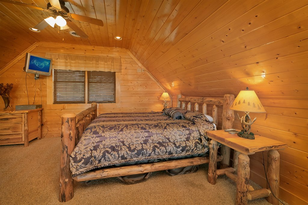 Photo of a Pigeon Forge Cabin named A Glimpse Of Heaven - This is the fifth photo in the set.
