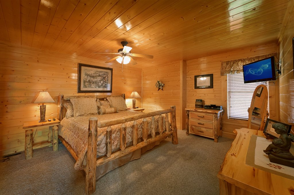 Photo of a Pigeon Forge Cabin named A Glimpse Of Heaven - This is the tenth photo in the set.