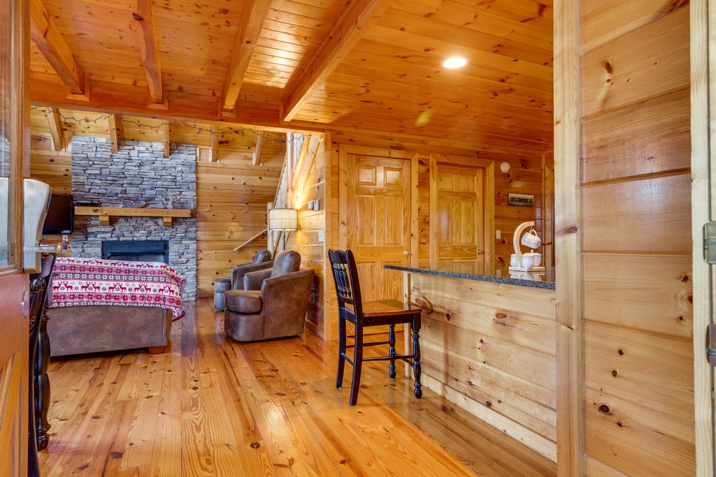 Photo of a Pigeon Forge Cabin named Shaconage Rest - This is the seventh photo in the set.
