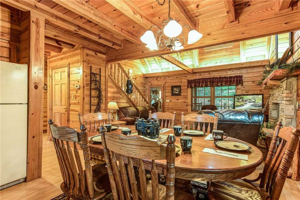 Photo of a Sevierville Cabin named Return To Me - This is the fourth photo in the set.